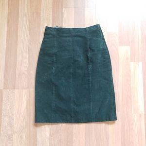 Wilsons leather hunter green mini leather skirt
